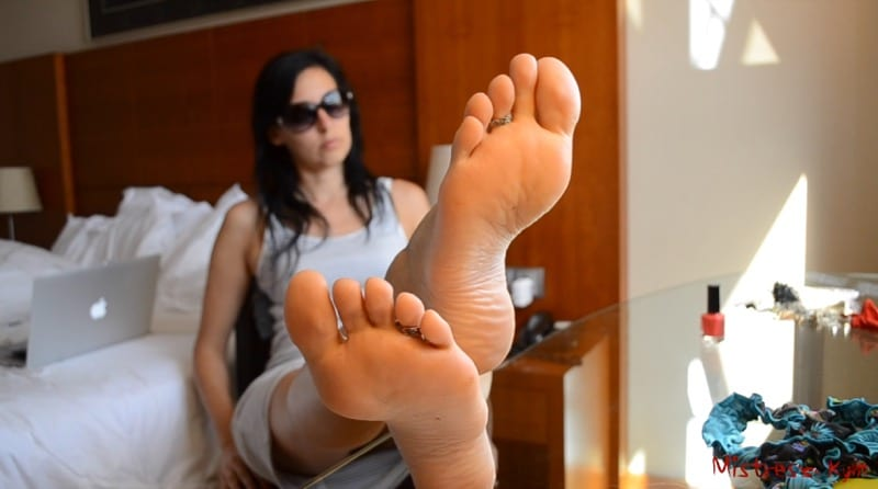 MK Those soles are for you 016mk2018 Thumb